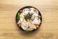料理メニュー写真大根と蒸し鶏の和風サラダ
