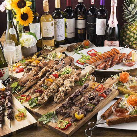 自慢のお肉を一本一本丁寧に焼き上げたアジアナBBQや本格炭火Tandoorシュラスコなど、人気の肉メニューが多数!食べ飲み放題でお得に肉パーティーを♪団体様の貸切パーティーにも好評!
