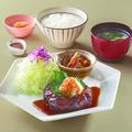 料理メニュー写真黒酢ポン酢の和風おろしハンバーグ