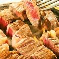 こだわりのステーキ食べ放題3100円&コスパ◎焼肉など30種の食べ放題2700円~!