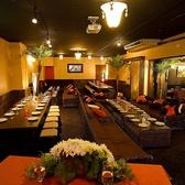 テーブル席を広々使用して最大150名様までの大宴会場です。企業様の大規模なご宴会や業者会、懇親会、同窓会、街コンなどのイベント等、全部お任せ下さい。
