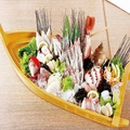 料理メニュー写真『豪華絢爛!!』大漁舟盛り 【塩釜】3人前 ※写真は「気仙沼・活鯛」の一例