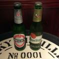 【左:ベックス】ドイツビールの中で輸出量No.1のピルスナータイプのビール【右:ピルスナーウルケル】ピルスナーの元祖と言われている、チェコの代表的なビール
