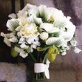 結婚式場ならではの花束も各種アレンジいたします。ご予約時にご予算や用途をスタッフにお申し付けください。