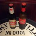 【左:マオウ】ホップの苦みが効いた飲みごたえ◎のスペイン・マドリードのビール【右:エストレージャ・ダム】しっかりアロマを感じられる、バランスのとれたスペイン・バルセロナのビール