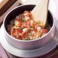 料理メニュー写真カニ釜飯のガーリックピラフ