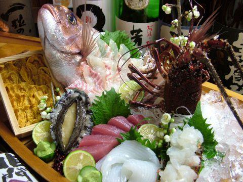 テレビや本等で度々取材される名店!徳島近海の極上魚介が大人気!徳島の宴会ならココ