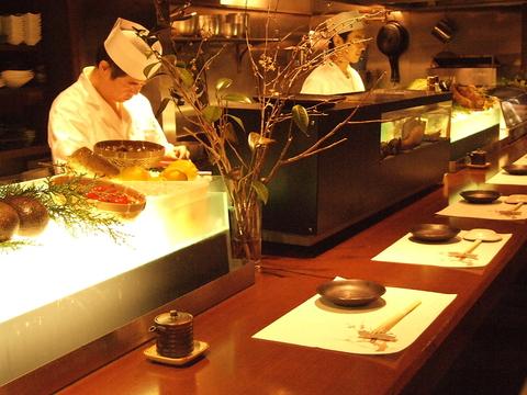 全国の旬の食材・匠の技が生み出す創作和食を心ゆくまでご堪能ください。