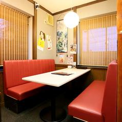 【テーブル席】ゆったりお寛ぎいただけるソファー席♪女子会やママ友会などプライベートシーンにもピッタリです!