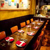 ■1F■2~36名様までOKのフレキシブルなお席となっております!大きな薪窯が本場イタリアの雰囲気を演出!ピッツァを焼き上げるいい香りもお愉しみ頂けます♪お越しの際は是非ピザを召し上がってください♪