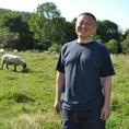 自社牧場直営北海道産ジンギスカン店は日本でここだけ!!非常に難しいとされる羊の生産・飼育・加工・提供を「構想25年、調査17年」かけてお店を初めた店主。この奇跡ともいえる北海道産サフォークを一度味わってください。