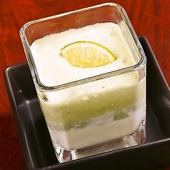 緑茶ムースとバニラのカクテルアイス
