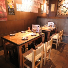 【1F】テーブル席はこちらです。