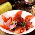 料理メニュー写真情熱の真っ赤なサラダ