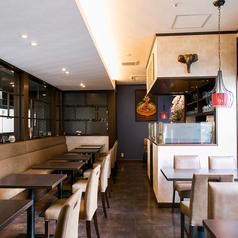 106 サウスインディアン レストラン&バー 天神店の雰囲気1