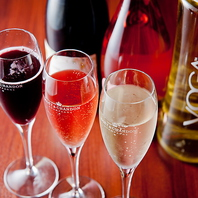 お肉との相性抜群のワインを常時20種以上ご用意!