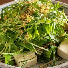 カリカリシラスと豆腐の水菜サラダ