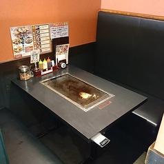 お好み焼きは ここやねん 長浜店の雰囲気1