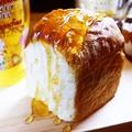 料理メニュー写真自家製パン Half