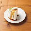 料理メニュー写真AngelL Food Caramel Cake/ エンゼルフード キャラメルケーキ