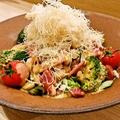 料理メニュー写真火花サラダ