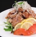 料理メニュー写真特製ねぎダレの油淋鶏
