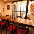 2名様や4名様でご利用いただけるテーブル席★広々空間! 大型宴会もお任せ♪広々利用できます!★~水炊き・焼き鳥 とりいちず 目白駅前店~☆