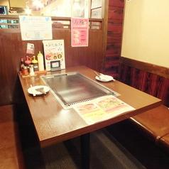 テーブル席はおくつを脱がずにご利用頂けますよ★
