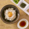 料理メニュー写真ピリ辛卵かけご飯