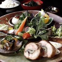 近江野菜サラダ&近江米ごはん食べ放題ランチ