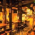 壁際のテーブル席は片側がベンチシートになっておりますので、ゆったりとお寛ぎいただけます。会社のお仲間や親しいご友人との飲み会、ご宴会にぜひ☆熊谷駅から徒歩2分のアクセス抜群♪窯 マチルダで楽しい時間をお過しください!