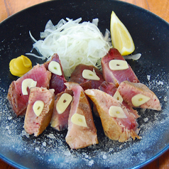 料理メニュー写真藁焼き塩タタキ