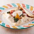 料理メニュー写真ポテトとベーコンのガレット
