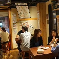 藤沢 ワイン酒場 イザヴィーノの雰囲気1