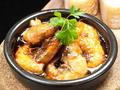 料理メニュー写真殻ごと食べられる海老のチリージョ