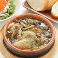 料理メニュー写真牡蠣のアヒージョ 【5P バゲット付き】