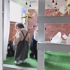 DIY cafe 梅田中崎町店の外観2