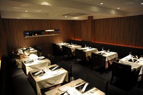 記念日等特別なお食事から女性同士の集まりまで、様々なお客様に感動を与え続けます。