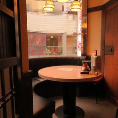 【個室】円卓席は最大6名様まで可能です。