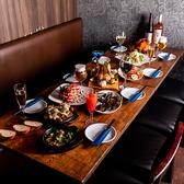 ご宴会&女子会にも◎ゆったりソファ席。ローテーブルでゆったりとお過ごしいただけます。