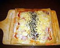 パリパリうす焼きピザ☆700円