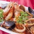 料理メニュー写真天使海老とムール貝のペスカトーレ