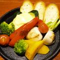 料理メニュー写真花畑牧場ラクレットチーズ使用★【名物】窯焼き野菜にあなたの目の前でラクレットチーズがけ