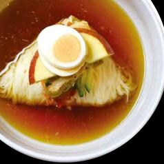 具沢山の特製李朝園冷麺