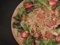 料理メニュー写真キノコバタけサラダ