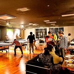 宴会やパーティーに大人気!シェフの料理を堪能しつつ、卓球で盛り上がる!