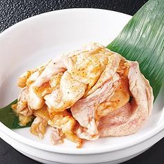 料理メニュー写真名物鶏かわ(赤・白・味噌)
