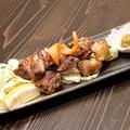 料理メニュー写真地鶏黒さつまの炭火焼き