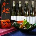 ■加越-鑑評会出品酒-■(石川県)…『まだ名のないお酒』とはこのこと。秋に開催される全国鑑評会にて、ラベル・名前が決定するお酒です。同酒蔵の「加賀の月」などは、繊細な造りで米の旨味を残し滑らかな切れのある澄んだ、三日月を想わせるお酒です。ノーベル賞受賞者の晩餐会で乾杯酒として愛用されております