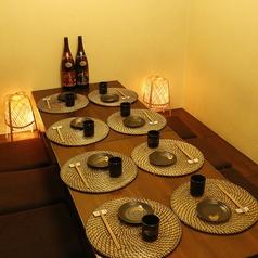 ≪少人数の飲み会にも≫人数に応じた個室空間をご用意。プライベート感溢れる空間★